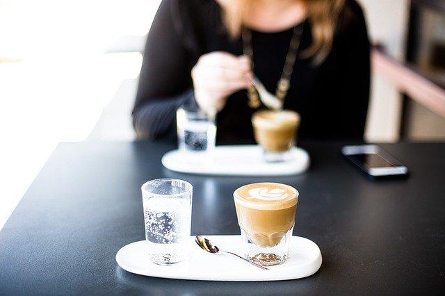 skleničky na kávu