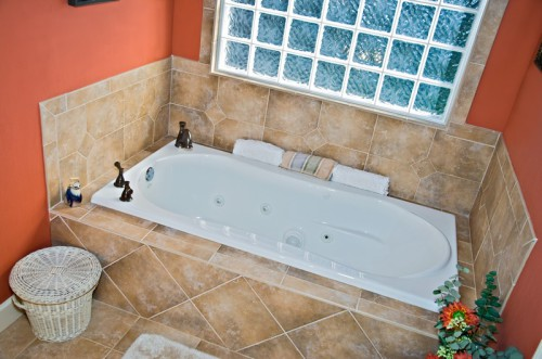 Travertin je luxusnější materiál, zdroj: shutterstock.com