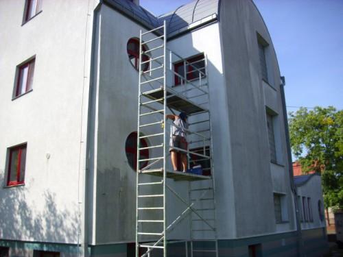 Ochrana fasády pomocí speciálního nátěru, zdroj: cisteni-fasad-ars.cz