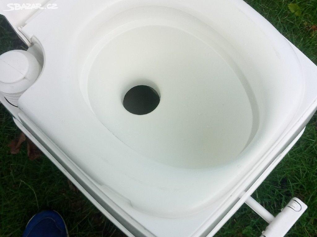 Přenosný záchod